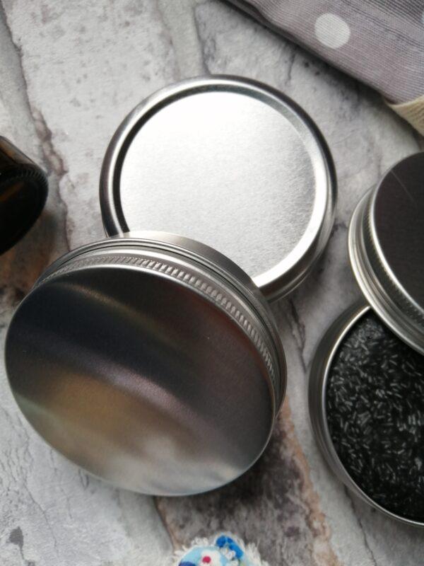 shampoo bar tins